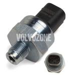Tlakový senzor - hlavní brzdový válec P2 S60/S80/V70 II/XC70 II/XC90