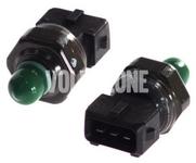 Tlakový spínač klimatizace P2 S60/S80/V70 II/XC70 II/XC90, S40/V40 (2001-) 1.8i/1.9 DI, 1.6/1.8/2.0 (2000-), turbo benzín