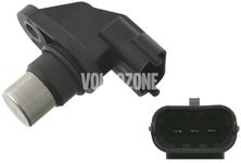 Snímač polohy vačkového hřídele 2.4D/D5 bez DPF (-2006) P2 S60/S80/V70 II/XC70 II/XC90