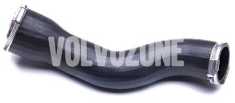 Hadice od intercooleru ke sání 2.4D/D5 (-2006) P2 S60/V70 II/XC70 II, vozidla bez rezonátoru