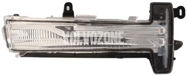 Směrovka zpětného zrcátka pravá P3 XC60 (2014-)